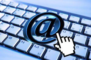 capturer  les  adresses  emails